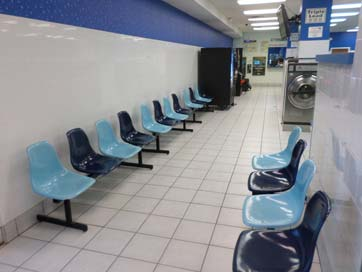 seating-room-in-laundromat