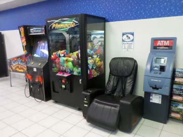 vending-machines-in-laundromat